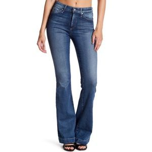 NWT AG Jeans Size 31